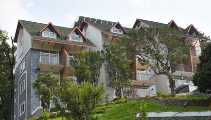 Shola Crown Resort