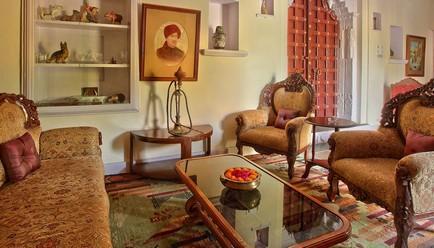 Fort Dhariyawad Heritage Hotel