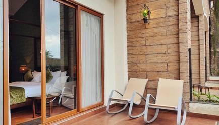 The Summer House Pachmarhi