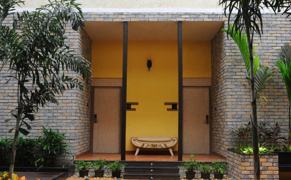 The Summer House Pachmarhi