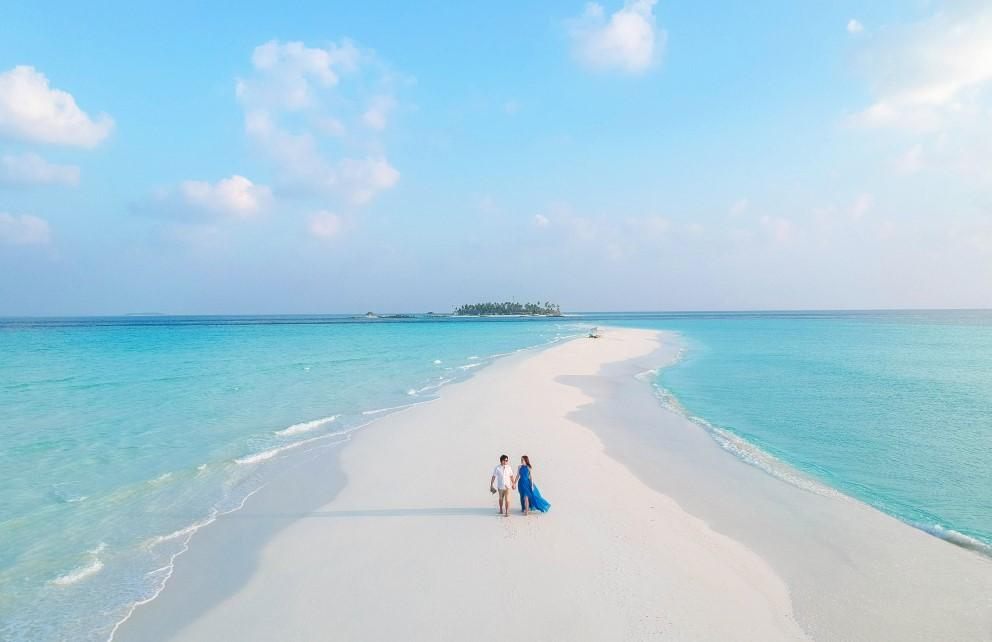 Sandbank getaway at fushifaru maldives