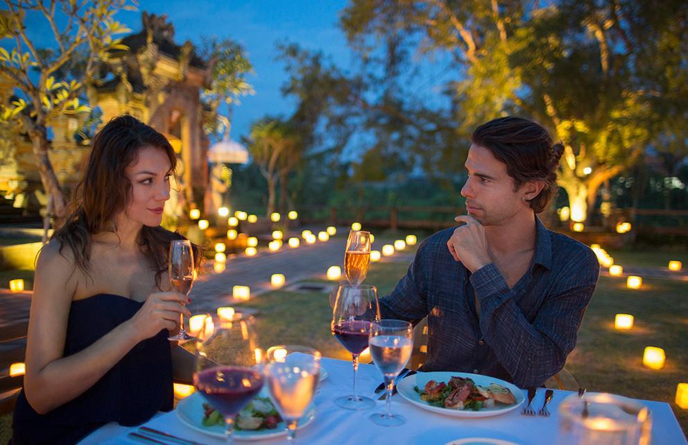 having dinner in bali